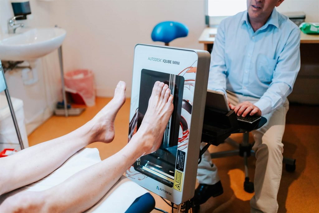 Podiatry Illawarra scanning foot using autodesk iqube mini